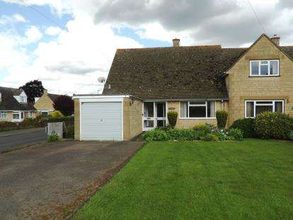 2 Bedrooms Bungalow for sale in Granbrook Lane, Chipping Campden, Gloucestershire
