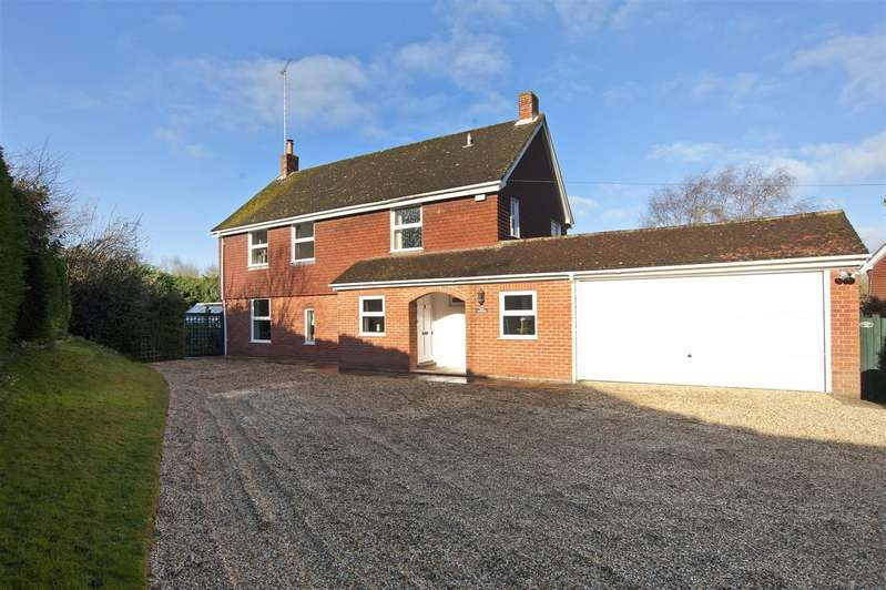 4 Bedrooms Detached House for sale in Rotten Row, Bradfield, West Berkshire