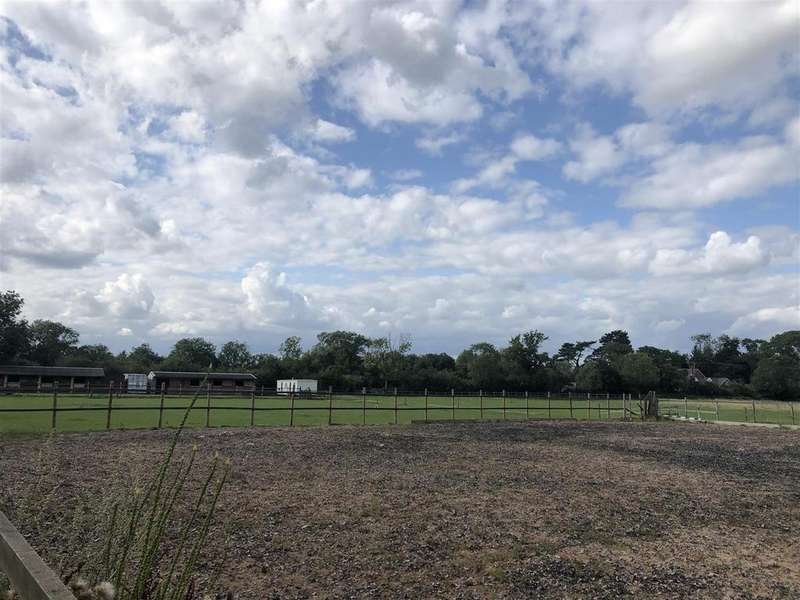 Equestrian Facility Character Property for sale in Land at Coventry Road, Croft, Leicester