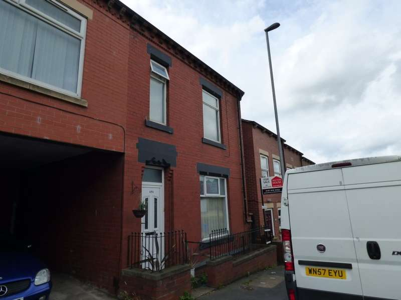 3 Bedrooms Semi Detached House for sale in 696 Huddersfield Road, Oldham, Lancashire