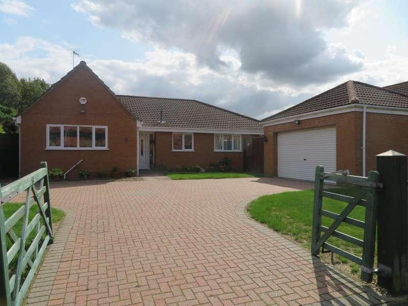 4 Bedrooms Detached Bungalow for sale in Kinderley Road, Wisbech, Cambs, PE13 3PP