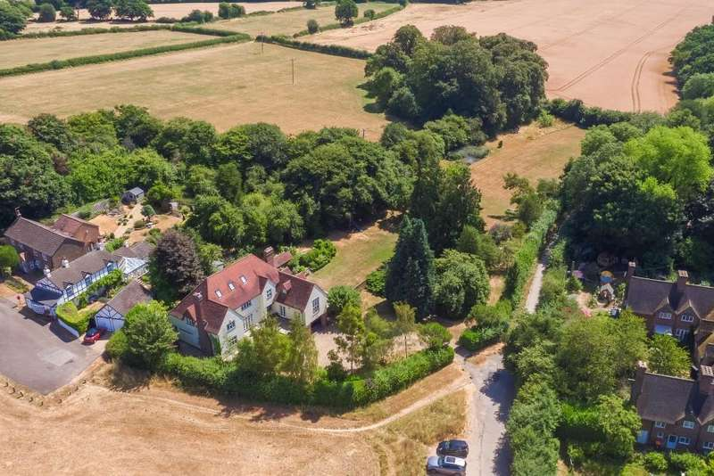 6 Bedrooms Detached House for sale in Whipsnade, Bedfordshire