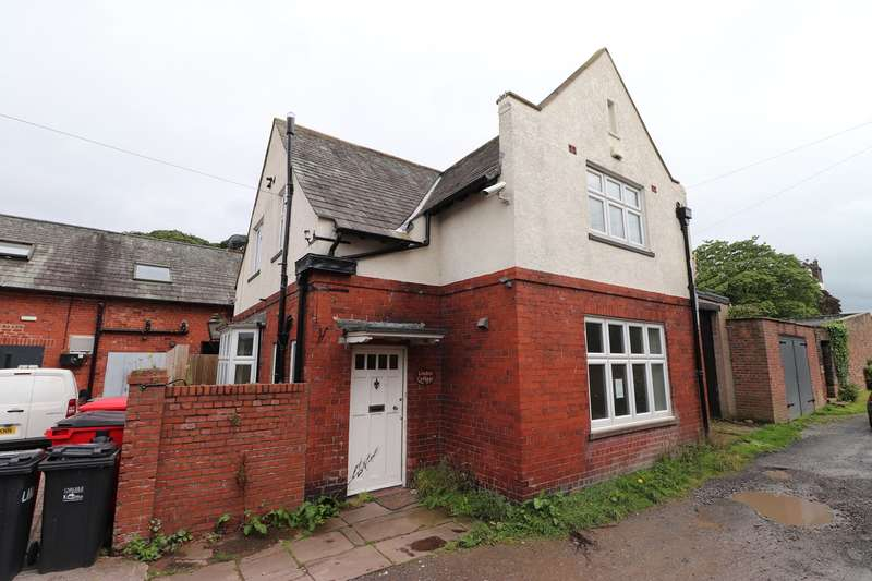 3 Bedrooms Detached House for sale in Cromwell Crescent, Stanwix, Carlisle, CA3