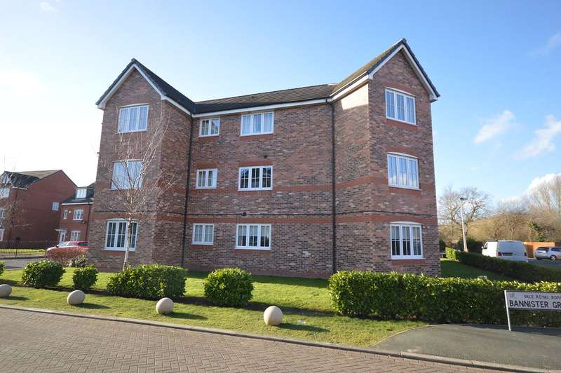2 Bedrooms Flat for sale in Banister Court, Winsford, Cheshire, CW7 1RG