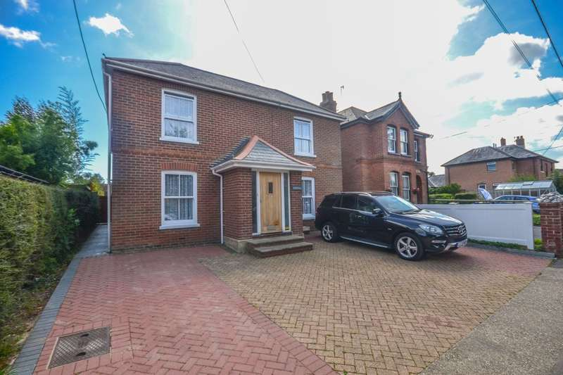 4 Bedrooms Detached House for sale in Lane End Road, Bembridge