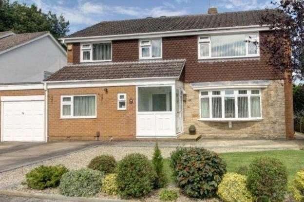 4 Bedrooms Detached House for sale in Holyrood Avenue, Darlington, DL3