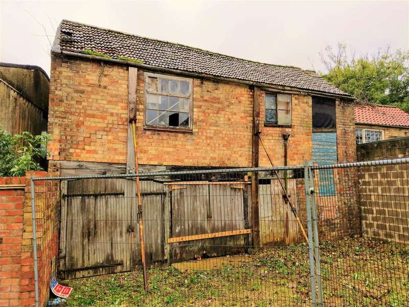 Commercial Property for sale in Half Moon Lane, Off West Street, Alford, LN13