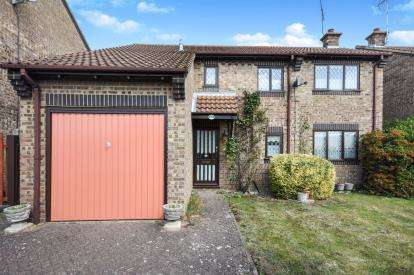 4 Bedrooms Detached House for sale in Ashingdon, Rochford, Essex