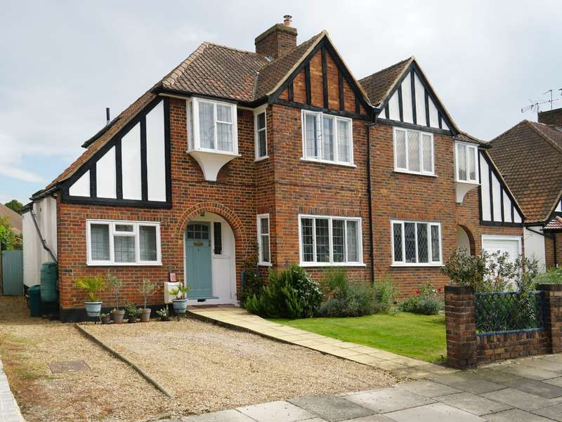 4 Bedrooms Semi Detached House for sale in Redway Drive, Whitton, Twickenham, TW2