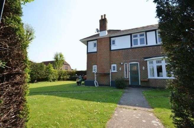 4 Bedrooms Detached House for sale in Colemore Road, Bournemouth, BH7