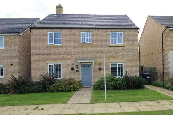 4 Bedrooms Property for sale in Gidding Road, Sawtry, Huntingdon