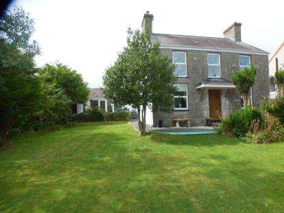 4 Bedrooms Detached House for sale in Marian Glas, Anglesey, North Wales, United Kingdom, LL73