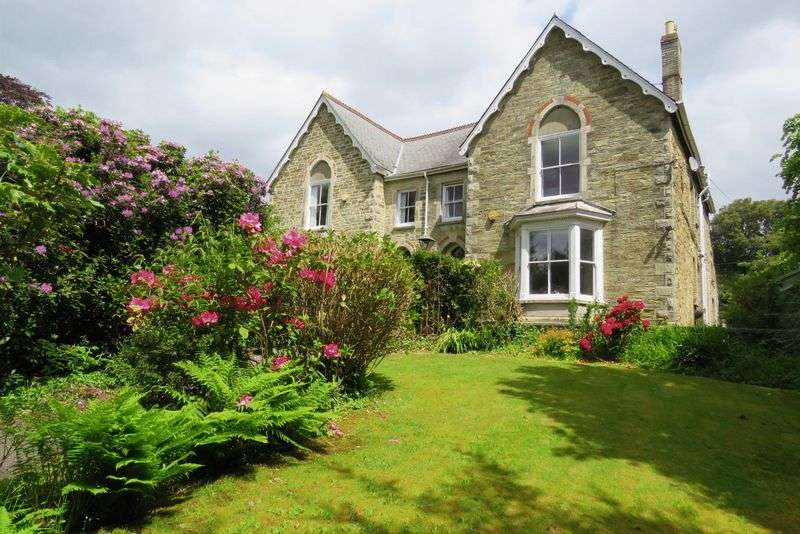5 Bedrooms Property for sale in Agar Road, Truro