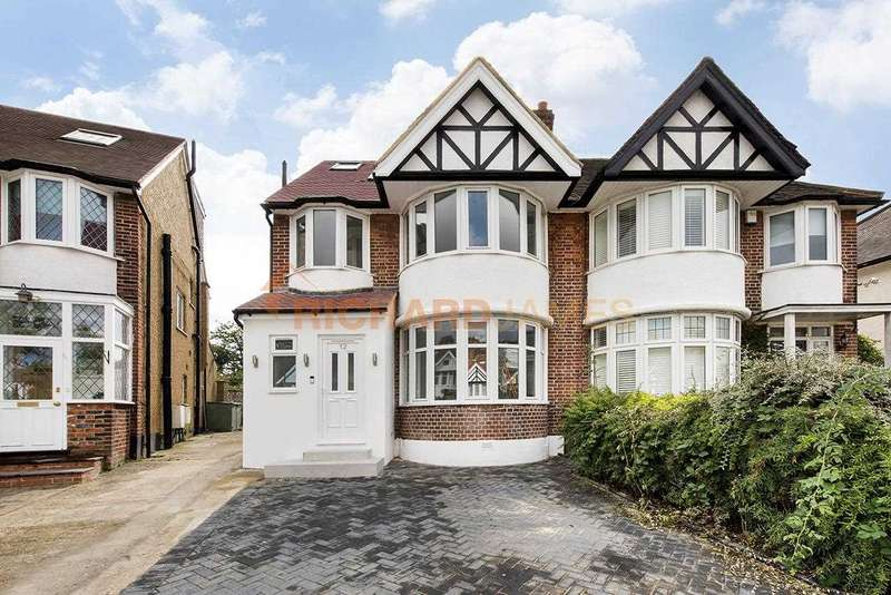 Property for sale in Maxwelton Close, Mill Hill, NW7