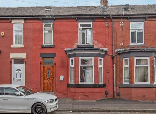 4 Bedrooms Terraced House for sale in Swayfield Avenue, Manchester