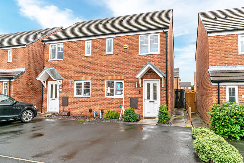 2 Bedrooms Semi Detached House for sale in Glossop Close, Warrington