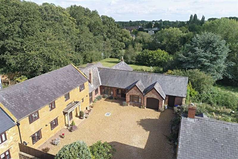 6 Bedrooms Barn Conversion Character Property for sale in Harlestone