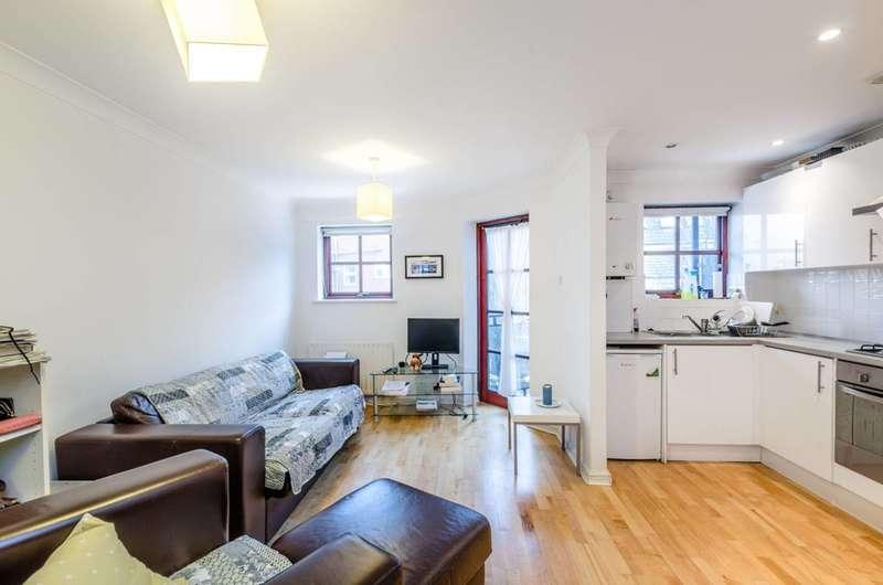 1 Bedroom Flat for rent in Pine Street, Clerkenwell, EC1R