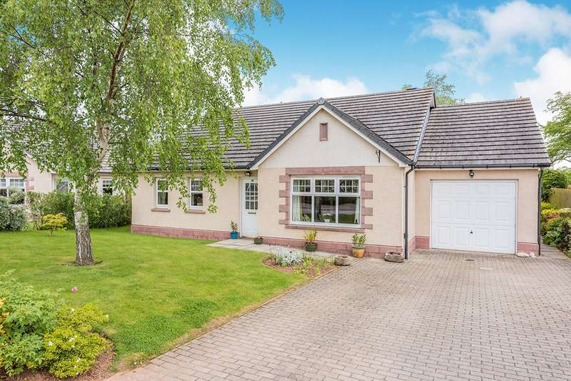 3 Bedrooms Detached Bungalow for sale in Finella View, Laurencekirk, Kincardineshire, AB30