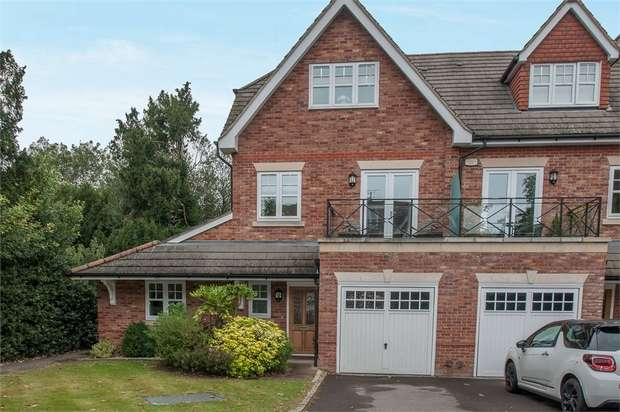 4 Bedrooms Semi Detached House for sale in Broomfield, Binfield, Bracknell, Berkshire