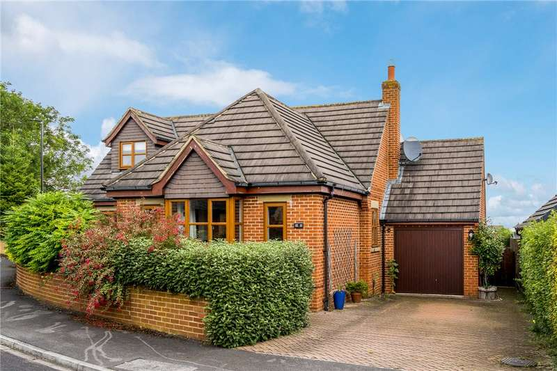 3 Bedrooms Detached House for sale in Aspin Oval, Knaresborough, North Yorkshire