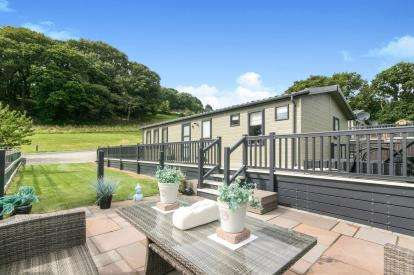 2 Bedrooms Mobile Home for sale in Gorsehill Caravan/Lodge Park, Trefriw Road, Conwy, North Wales, LL32