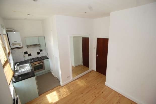 Studio Flat for sale in 3-5 High Street, London, SE20