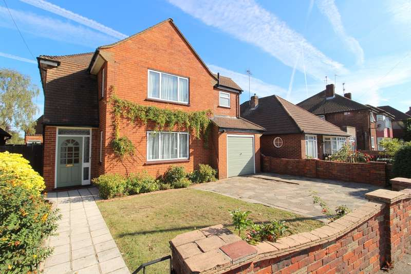 4 Bedrooms Detached House for sale in Glenfield Road, Ashford, TW15