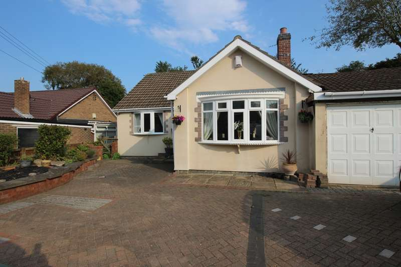 3 Bedrooms Detached Bungalow for sale in Barlow Lane, Blaydon-On-Tyne, Tyne And Wear, NE21