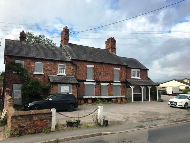 Pub Commercial for sale in The Maypole Inn, 59 Hill Top Road, Northwich, Cheshire