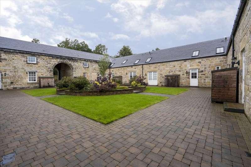 3 Bedrooms Terraced House for sale in Gretna Mews, Larbert