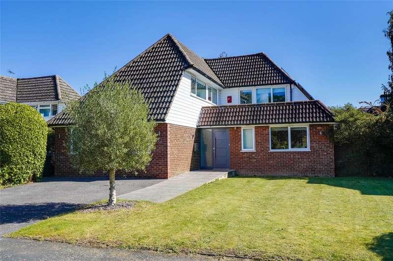 4 Bedrooms Detached House for sale in Oxdowne Close, Stoke D'abernon, Cobham, Surrey, KT11