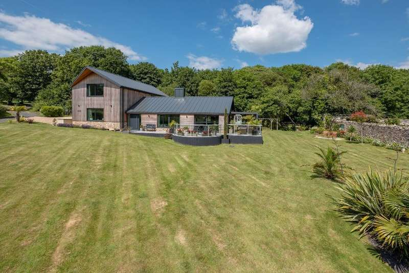 4 Bedrooms Detached House for sale in Brook, Newport, Isle of Wight, PO30 4EJ