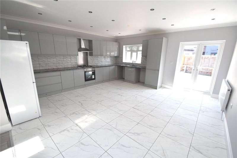 6 Bedrooms Semi Detached House for sale in Bennetts Castle Lane, Dagenham, RM8