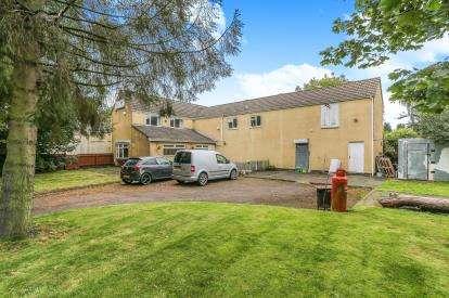3 Bedrooms Detached House for sale in Aldermans Green Road, Aldermans Green, Coventry, West Midlands