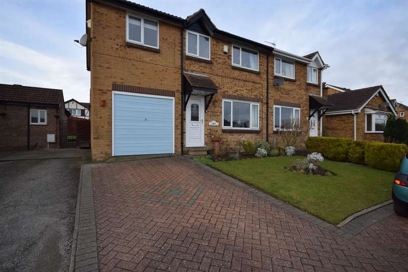 4 Bedrooms Semi Detached House for rent in Pinfold Close, Bridlington, YO16 7GH