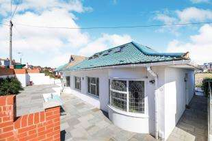 6 Bedrooms Bungalow for sale in Chichester Drive West, Saltdean, Brighton, East Sussex