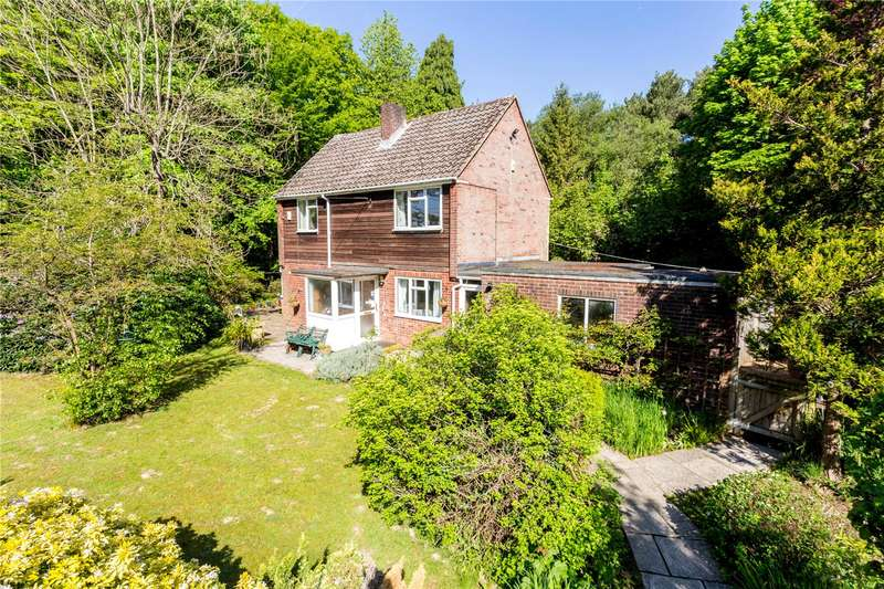 3 Bedrooms Detached House for sale in Fletching Common, Newick, East Sussex, BN8