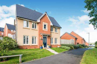 3 Bedrooms Semi Detached House for sale in Dawlish, Devon, .