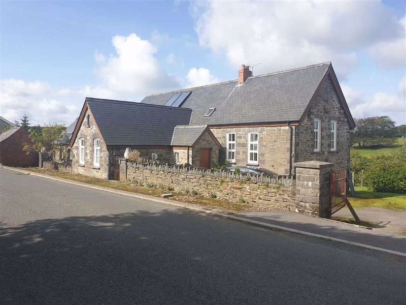 4 Bedrooms Detached House for sale in Pant Y Caws, Clynderwen, Pembrokeshire