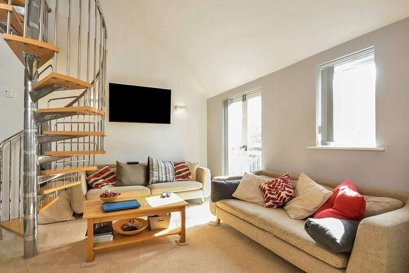3 Bedrooms Apartment Flat for sale in Kings Walk Holland Road, Maidstone, Kent, ME14