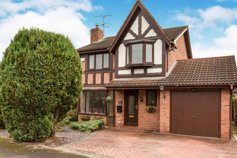 4 Bedrooms Detached House for sale in Nigel Gresley Close, Crewe, Cheshire, CW1