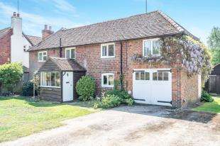 3 Bedrooms Detached House for sale in Minsted, Midhurst, West Sussex, .