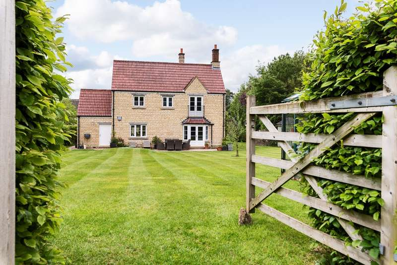 4 Bedrooms Detached House for sale in Upper Wraxall, Nr Bath, SN14