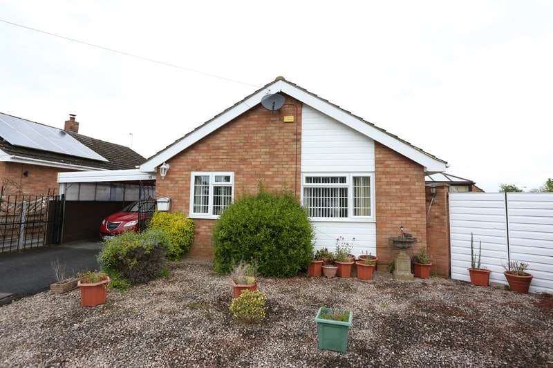 2 Bedrooms Bungalow for sale in Alton Park, Worcester, Worcestershire, WR2