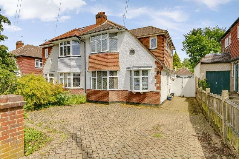 4 Bedrooms Property for sale in Greenhayes Avenue