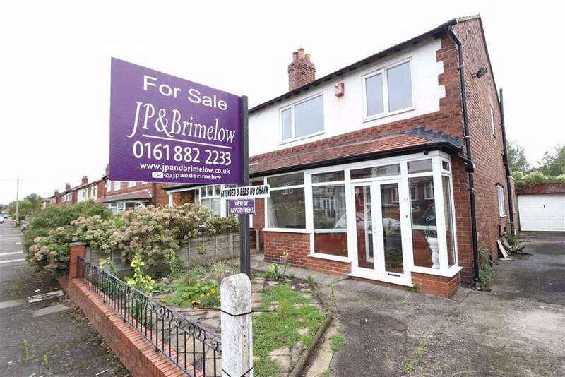 3 Bedrooms Semi Detached House for sale in Wyverne Road, Chorlton, Manchester, M21