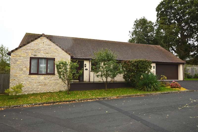 3 Bedrooms Bungalow for sale in Molly Close, Temple Cloud, Bristol