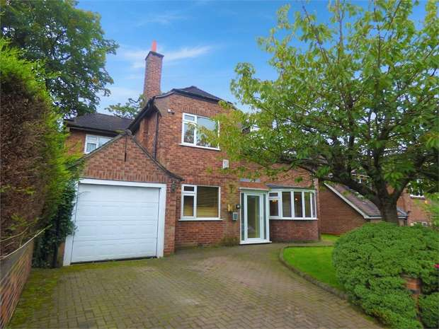 4 Bedrooms Detached House for sale in Oakwell Drive, Salford, Greater Manchester
