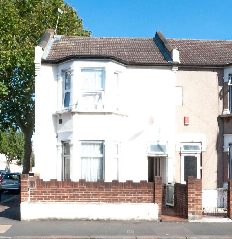 3 Bedrooms End Of Terrace House for sale in Shrewsbury Road, Forest Gate, London, E7 8AJ